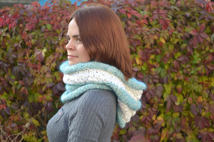 Hand knitted scarf. White infinity scarf. Mebius knit scarf. Wool scarf cowl. Knitted snood. Warm snood. Winter wraps. Women's scarf. - pinned by pin4etsy.com