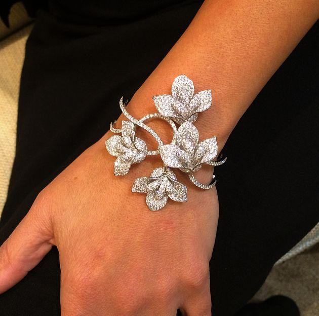 f3a811412968a9 Diamond Necklace Bar Diamond Bracelet Osrs Ge   Jewelry   Jewelry, Diamond  bracelets, Diamond jewelry
