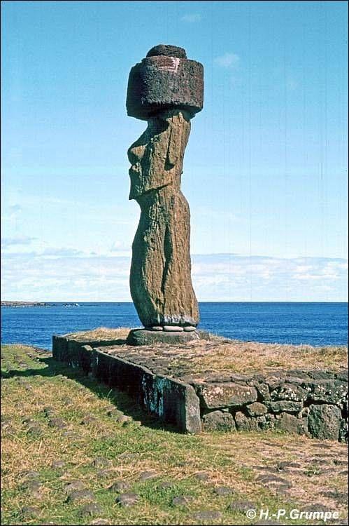 Moai with Hat, sideways