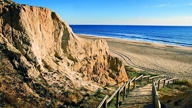 ¿Viajas a Andalucía?, te contamos el ranking de las 10 mejores playas de Andalucía. ¡¡No te lo pierdas!!