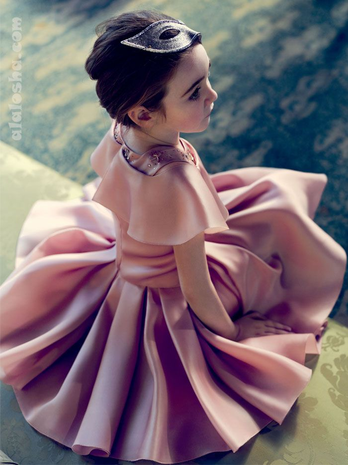 ALALOSHA: VOGUE ENFANTS: DIOR KIDS AW2014/2015. And when she is older, she'll need dresses that twirl.