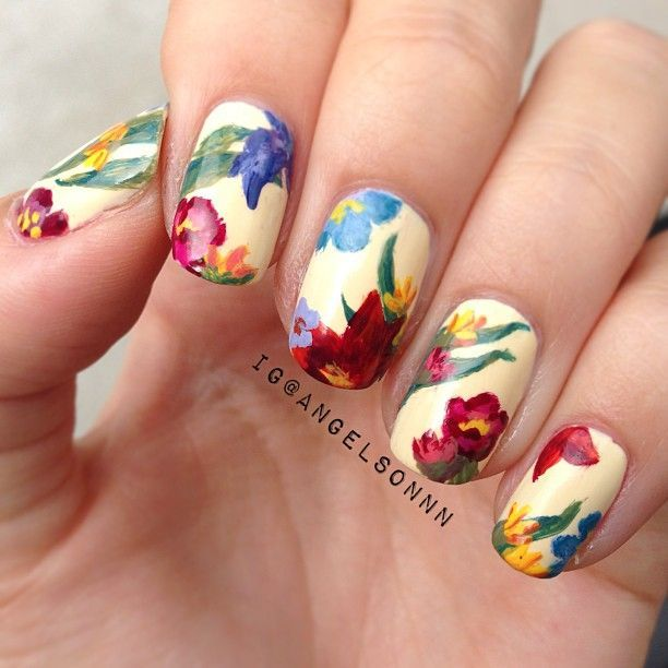 Floral nails                                                                                                                                                                                 More