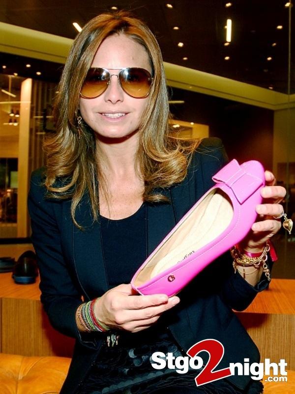 Soledad Onetto en la presentacion de la nueva coleccion de zapatos Carmen Steffens