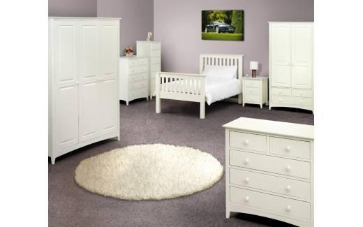 Cameo White Bedroom, perfect for a little girl #whitebedroom