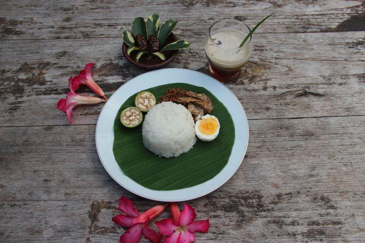 """Paket Ta'jil Sega Wiwit @ Rp 9.000 Only Promo Ramadhan At """"Waroeng Dahar Pulosegaran"""" Tembi Rumah Budaya."""
