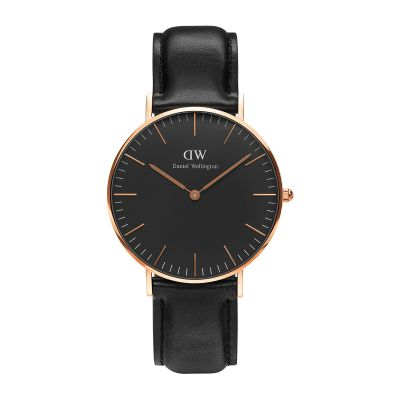 in love with with my new Daniel Wellington Classic Black watch❤️️ Get yours using the promo code ANNAR15 and you'll get 15% off all DW products. Black friday isn't over yet⌚️