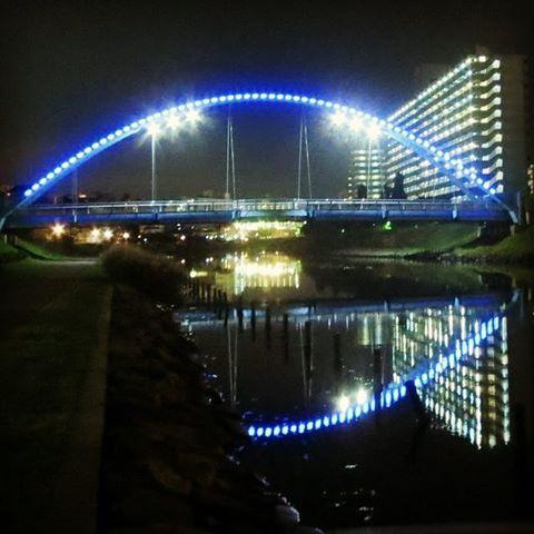 Instagram【adap2005】さんの写真をピンしています。 《#写真撮ってる人と繋がりたい #写真好きな人と繋がりたい #写真#川#夜景#ランニング#亀戸 #旧中川#ナイト#night#fun#run#Tokyo#running #river#夜》