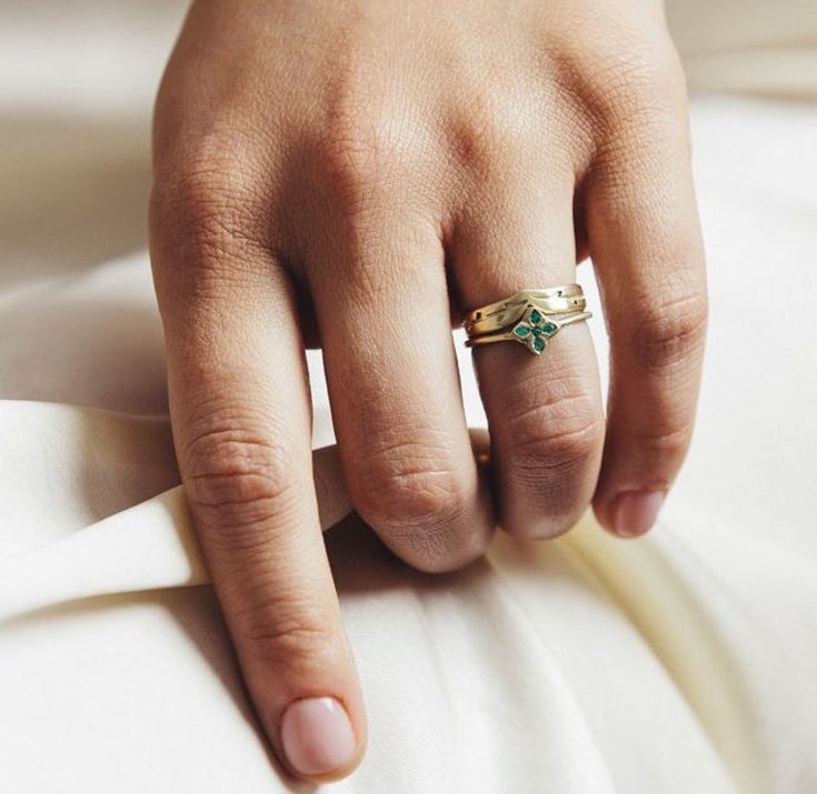 Simple engagement ring in sterling silver and 18kt solid gold
