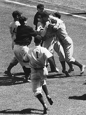 Yankees & Red Sox⚾Always been fighting  Hard to believe that Billy Martin is late getting to the party