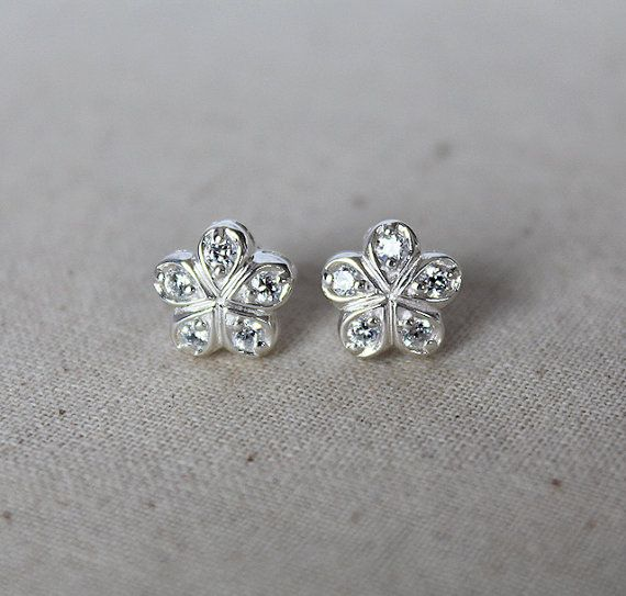 Topaz Stud Earrings  White Topaz Earrings by karioi on Etsy, $118.00 http://etsy.com/shop/karioi