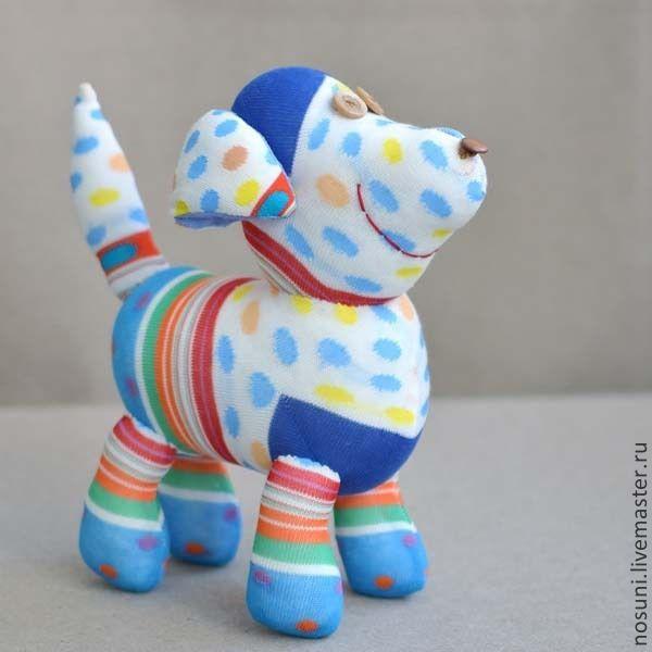 Купить Собака из носков Носуня яркая - игрушка из носков, бежевый, собака, полосатый пес, яркая