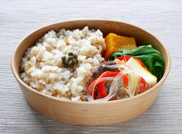 玄米ご飯180g 実山椒佃煮、鯵南蛮漬け、青梗菜塩茹で、南瓜含め煮