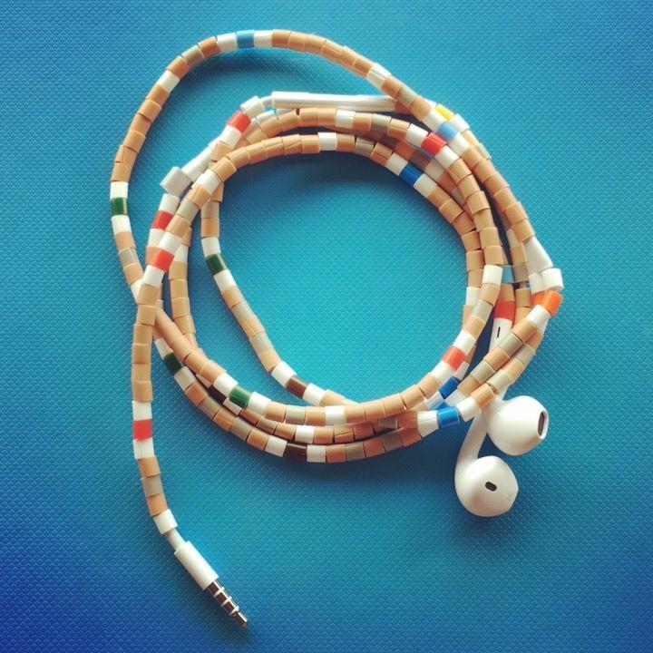 #apple #earpod #iphone #lightning #perler #tanglefree @tangleresistant always playing. Marinaslines