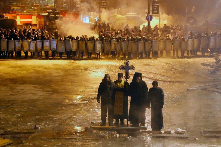 #Ukraine #2014 #Euromaidan www.aquamiracles.com