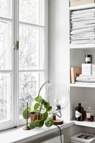 SCANDINAVIAN HOME DESIGN IDEAS USING TABLE LAMPS_see mpre inspiring articles at http://www.homedesignideas.eu/scandinavian-home-design-ideas-using-table-lamps/
