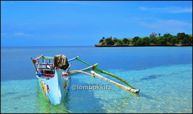 tangsi beach east lombok NTB taken by @airasekararum