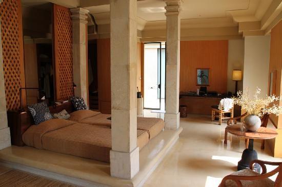 Welcome to Amanjiwo Luxury Resort Hotel Yogyakarta - Indonesia http://www.lecoresorts.com/st_hotel/java-island-resort-amanjiwo/