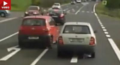 Hier ist ein weiterer Insane Überholstatistik dass Will Make Sie Cringe Dashcam Offbeat News Video VW VW Fox VW Videos
