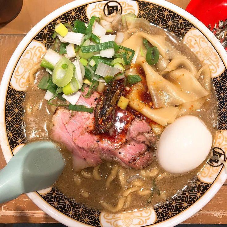 煮干ラーメン@凪下北沢店 女の子2人で回してて大変そうだと思った #煮干しラーメン #煮干し #ラーメン #ramen #らーめん #麺スタグラム #下北沢 #food #tokyo
