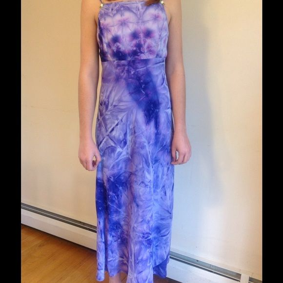Size small tie dye purple spring dress Size 7/8 purple tie dyed dress with tiny flowers on straps.  Perfect for spring or summer.  Tag has been removed, so I do not know the brand. Dresses Midi