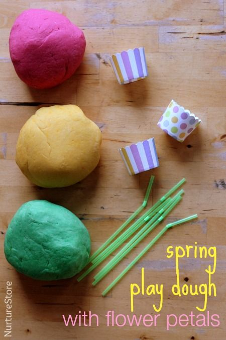 Spring play dough with flowers - easy play dough recipe for spring, spring sensory play idea