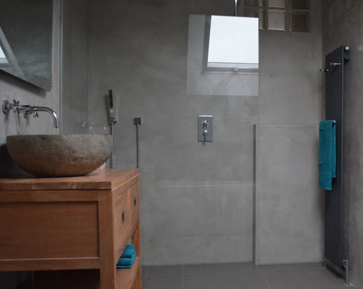 Badkamer in verbau betonstuc 07 4 graniet betonstuc badkamer betonlook - Badkamer turkoois ...