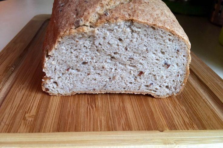 Zsófi mindenmentes kenyere, avagy glutén, tej, tojás, kukorica és burgonyamentes barna kenyér