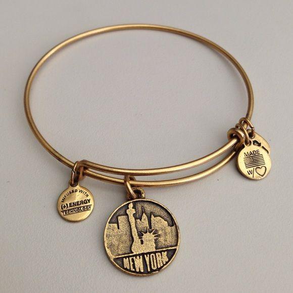 NEW YORK Alex & Ani Bracelet New York with skyline and Statue of Liberty- bangle bracelet by Alex & Ani! Perfect condition. Brushed gold. Alex & Ani Jewelry Bracelets