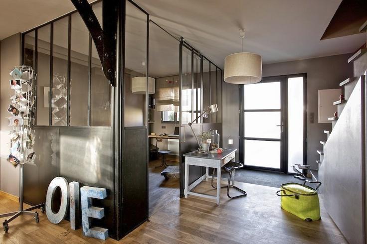 Entree et bureau verriere et rail pour ouverture porte for Ouverture style atelier