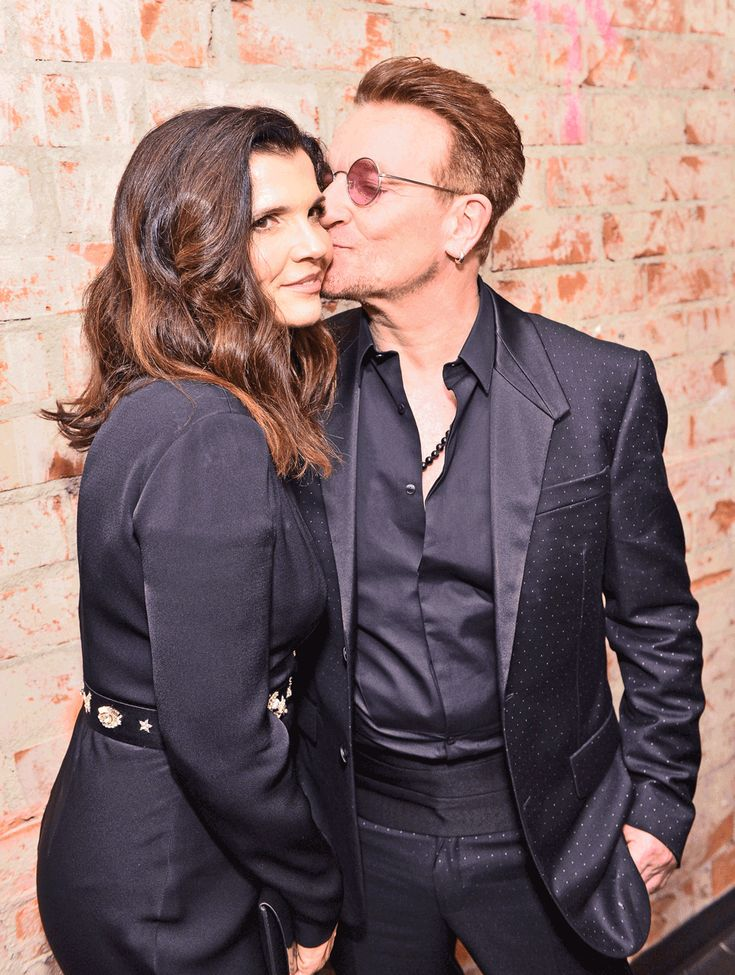 "Bono, a man, won a Woman of the Year Award from Glamour. ""I think it's gonna be hard to give another one of these awards next year, because, frankly, there is no one better deserving than Bono. Ali Hewson, Bono, Eve Hewson and Jordan Hewson attend the Glamour Celebrates 2016 Women Of The Year Awards"