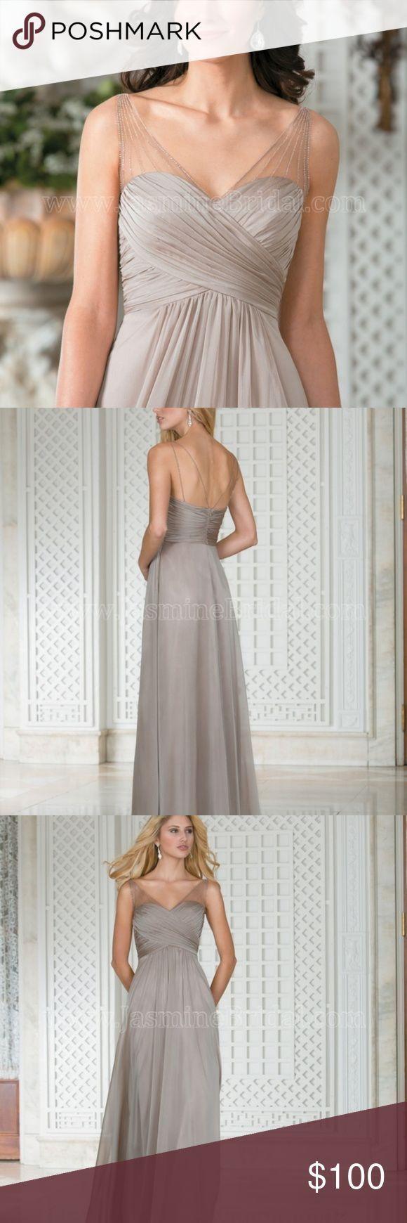 Belsoie Jasmine Tiffany Chiffon Dress – Vanilla An elegant Tiffany chiffon bridesmaid dress that can find a place at any wedding. This dress has a V-n