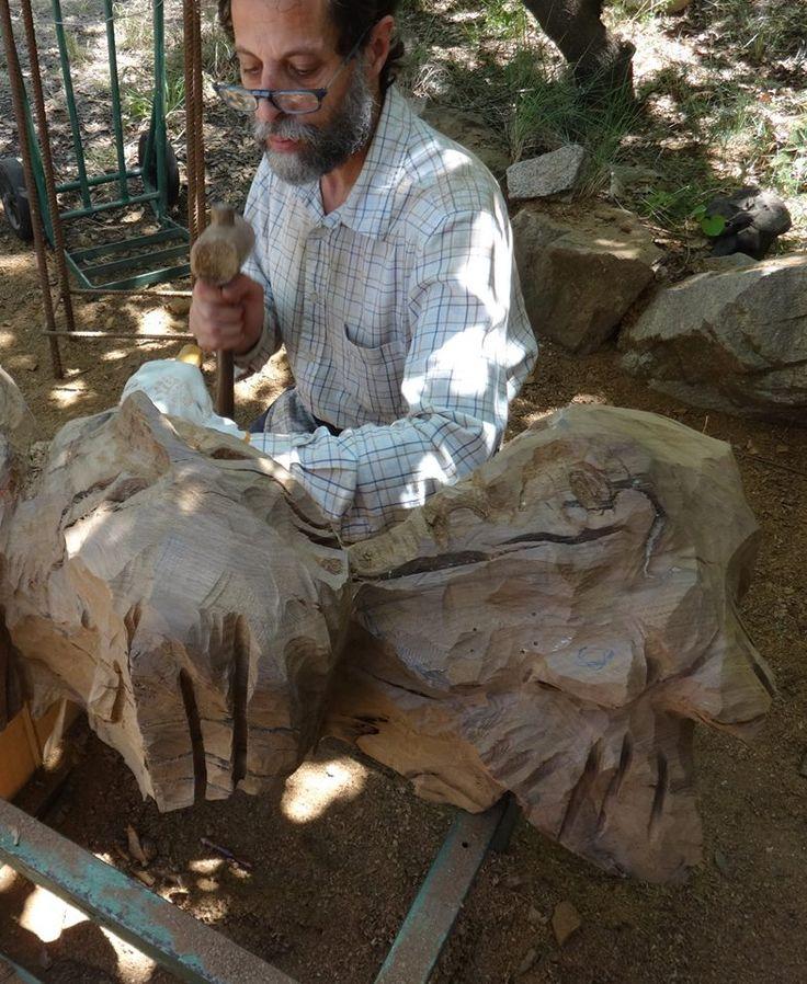 Tallant #fusta / #Wood carving / Tallando #madera http://laufeliu.com/