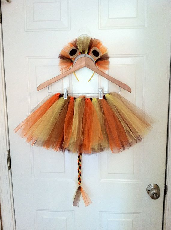 Queen Lea's costume? Lion Tutu Cotume with Tail and Headband by southernAdoorNMENTS, $30.00