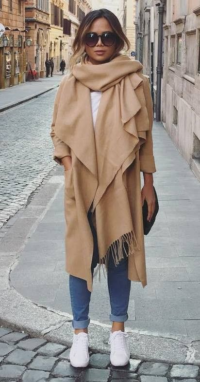 stylish look| nude scarf + nude coat + bag + jeans + sneakers