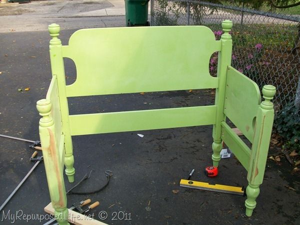 Art bench from a twin bed--love the green! diy