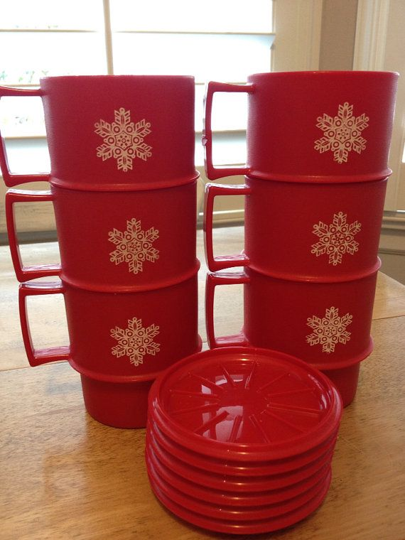 6 Vintage Christmas Red Tupperware Snowflake Mugs - with 6 Coaster/Lids