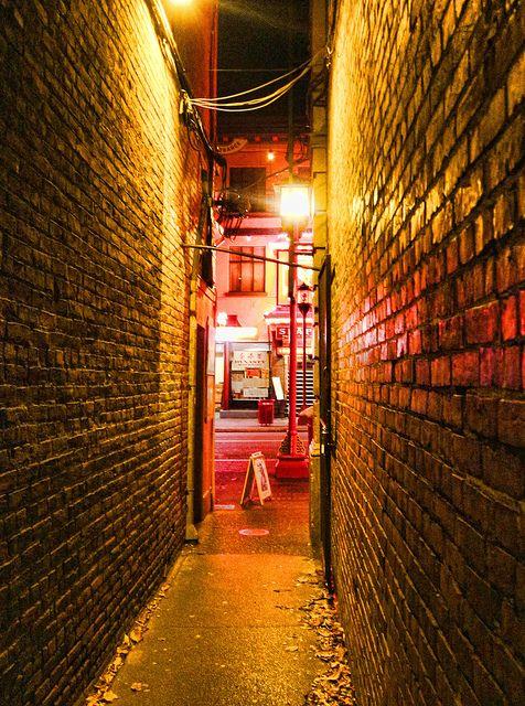 Fan Tan Alley, Victoria BC
