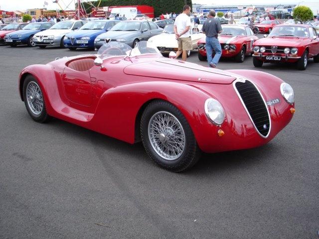 Alfa RomeoVintage Auto, Automotive Awesome, Classic Cars, Alfa Romeo, Ass Riding, Cars Add, Vintage Vehicle, Cars Stuff, Alfaromeo