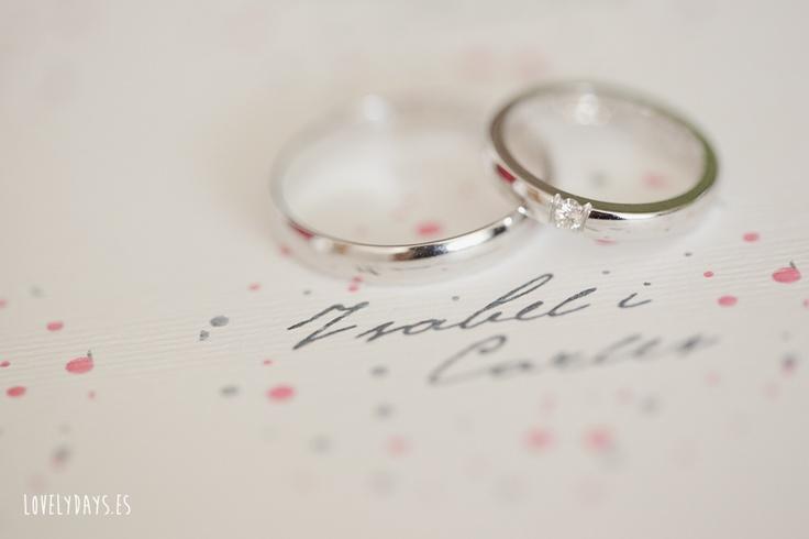 Detalles... Anillos de boda. http://www.lovelydays.es