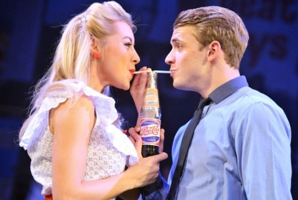 Dreamboats and Petticoats - #WOW247 theatre review #WOWtheatre