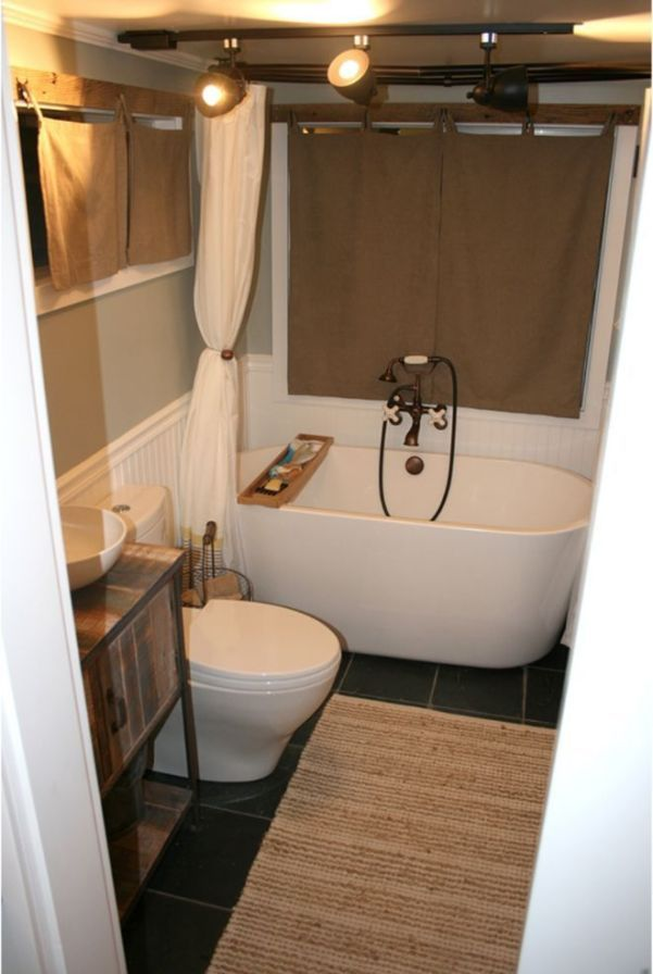 How To Make Your Room Look Spacious 7 Tiny Home Bathrooms Design Ideas That Anyone Can Do With Images Tiny House Bathtub Tiny House Bathroom House Bathroom Designs