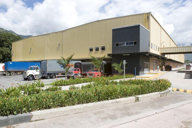 Planta Colceramica Girardota - Diseño y construcción  de las obras civiles del proyecto. Año de construcción: 2004 Ciudad: Girardota, Antioquia, Colombia. Cliente: Colcerámica S.A.