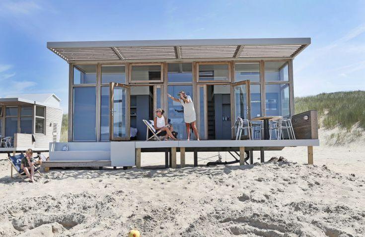 Molecaten Park Hoogduin is een unieke glamping accommodatie gelegen aan de zee! Het park bevat volop vermaak en verblijven kan hier in een prachtig strandhuisje.