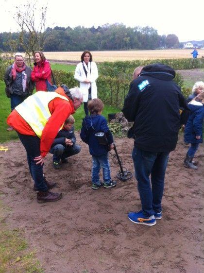 Archeologische Werkgroep Castricum Archeologiedagen: Jong geleerd is oud gedaan