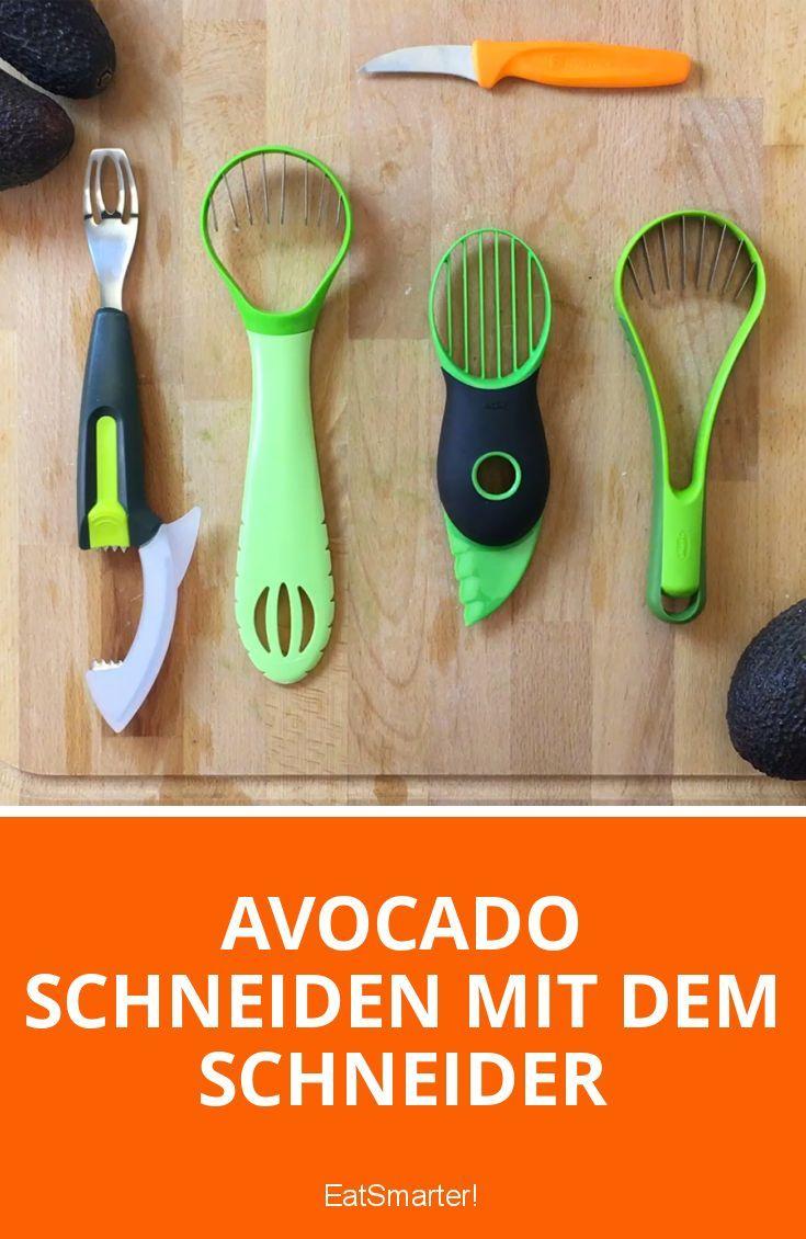 Avocado schneiden mit dem Avocadoschneider | eatsmarter.de