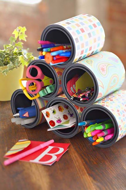 Ideia para ateliê, home office, brinquedoteca... com reciclagem. (fonte: desconhecida)