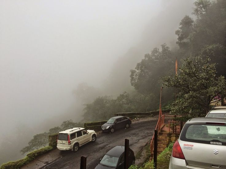 Steep road - Matheran  If you are visiting Mumbai on a four-day short trip, here is how you can spend your days and have maximum fun. read more @ http://www.worldatglance.com/2014/11/4-day-trip-to-mumbai-what-to-do-and-see.html  #Mumbai #India #WorldAtGlance