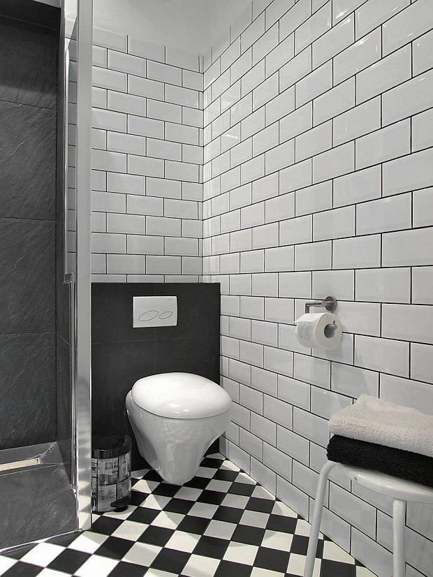 Pin By Cztery Katy On Lazienka Bathroom Flooring Bathroom House Interior