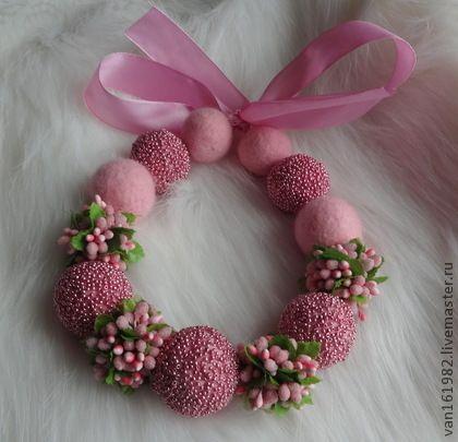 """Бусы """"Ягода в мармеладе"""" - бледно-розовый,бусы,бусы из войлока,бусы ручной работы"""