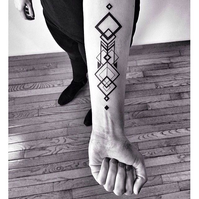 ✖️nice✖️ - not my photograph. if you know the artist/owner please tell me so I can credit them  #blackwork #linework #tattoo #art #bodyart #badass #pale #grunge #forearmtattoo #blackandwhite #geometry #geometric #geometrictattoo #shapes #beautiful #fist #picoftheday #photooftheday